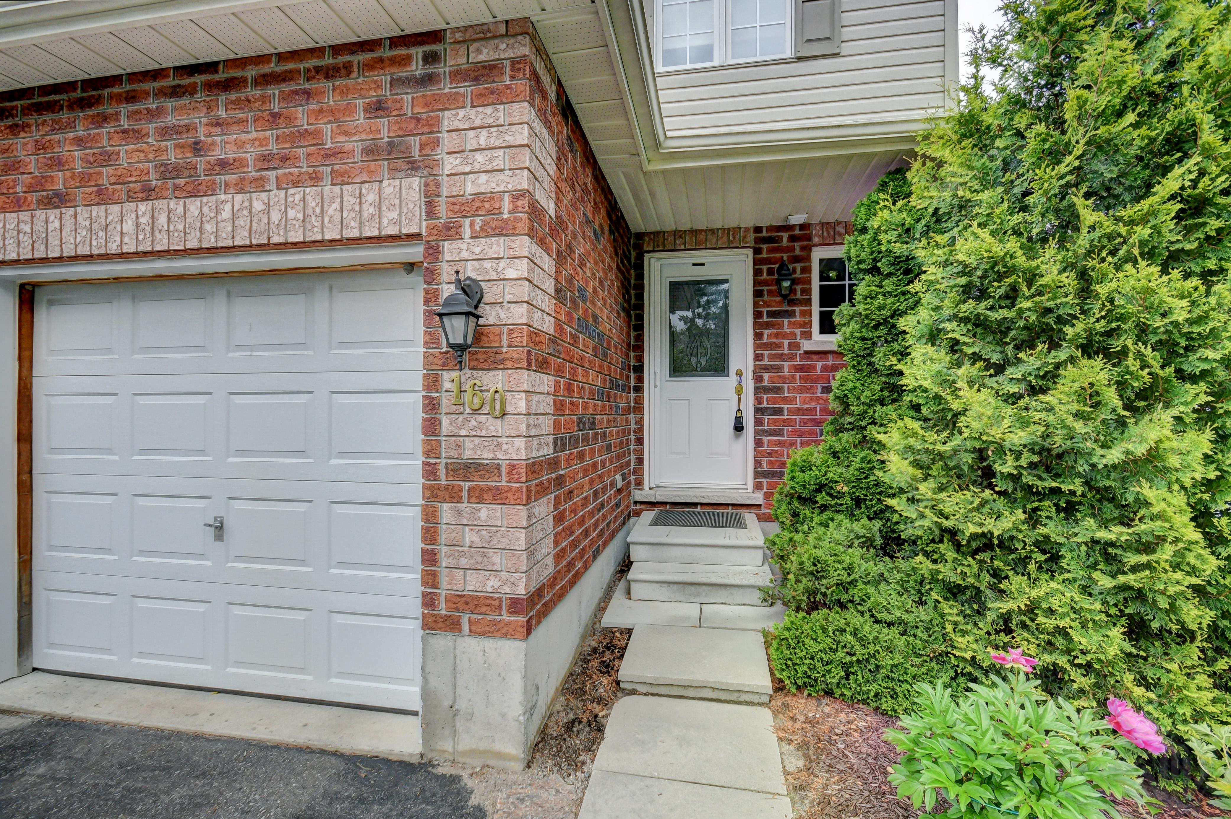 160 Pine Street, Bracebridge, Ontario    - Photo 4 - RP4244391815